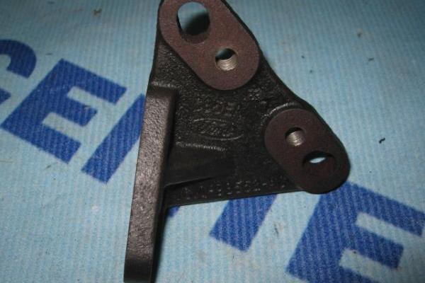 Steun voor injectie pomp Ford Transit 2000-2006